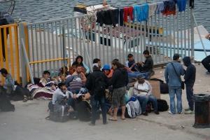 Flüchtlinge am Hafen angekommen