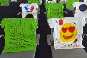 Bemalte T-Shirts zur Kampagne