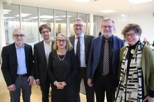Gruppenbild mit sechs Theologen