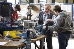 Ausbildung in der Metallwerkstatt