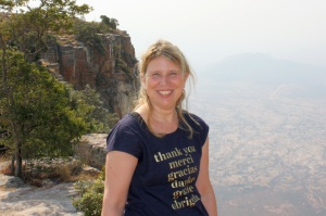 Diakonie RWL-Referentin Sabine Portmann in Angola