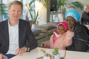 Wohnpate Harald Böning hilft einkommensarmen Familien in einem Projekt des diakonischen Sozialunternehmens GESA