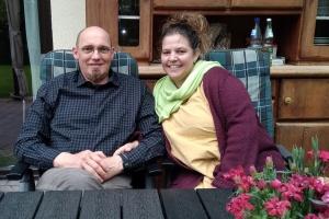 Pflegeeltern Thorsten Kuhn und Judith Schreck (Foto: Stiftung kreuznacher diakonie)
