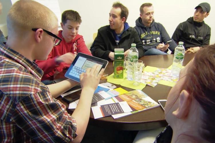 Diskussion im Jugendparlament der Graf-Recke-Stiftung (Foto: Graf-Recke-Stiftung)