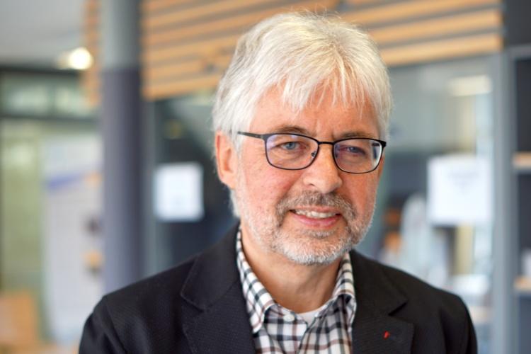 Traugott Jähnichen, Professor für christliche Gesellschaftslehre an der Uni Bochum, im Gespräch mit der Diakonie RWL