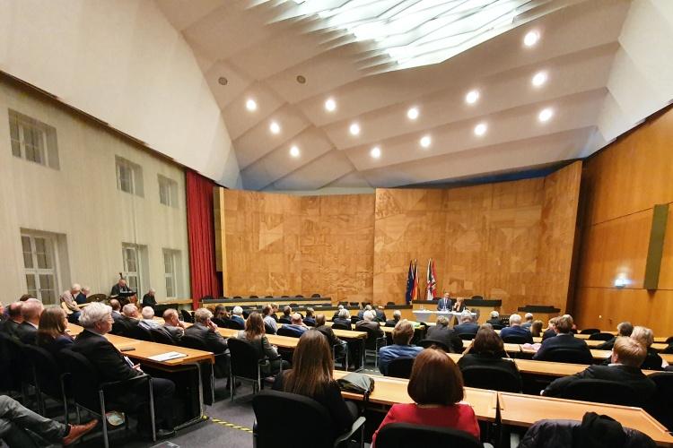 Diskussionsrunde im Düsseldorfer Rathaus