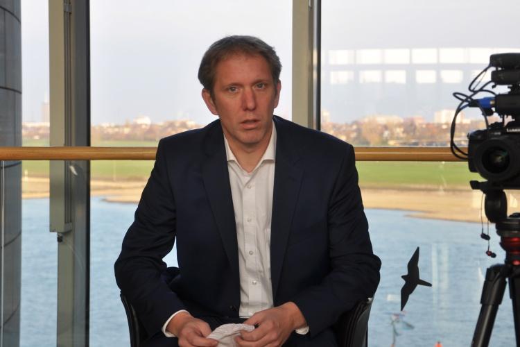 Stellt sich dem Fragenhagel: CDU-Abgeordneter Jochen Klenner während des Interviews.