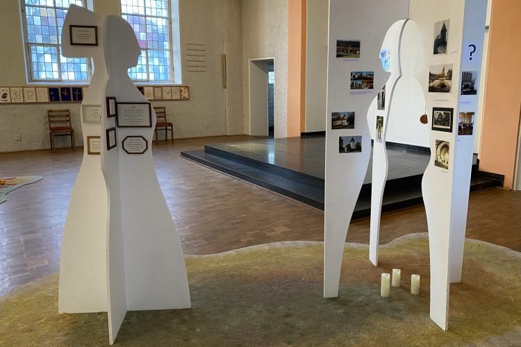 """Kunstprojekt """"Reif für die Insel"""" der Bergischen Diakonie Aprath (Foto: Renate Zenjani)"""