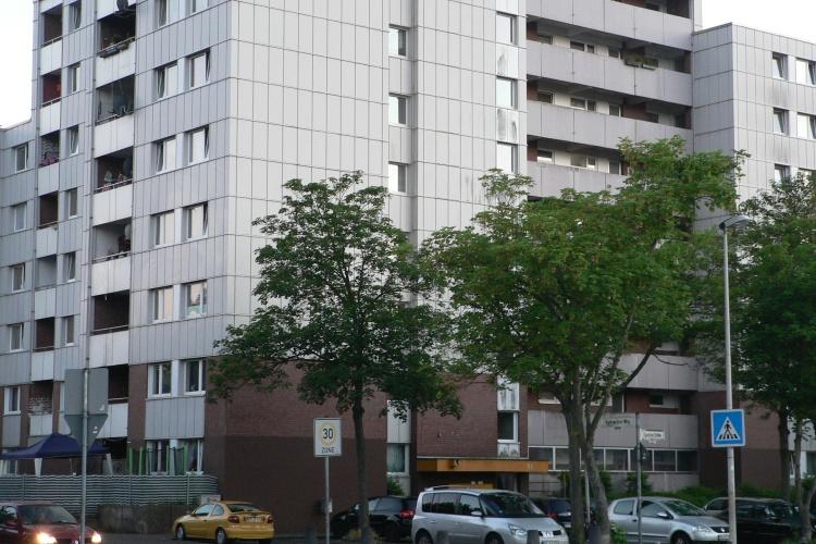 Hochhaus im armen Bonner Stadtteil Tannenbusch (Foto: S. Damaschke)