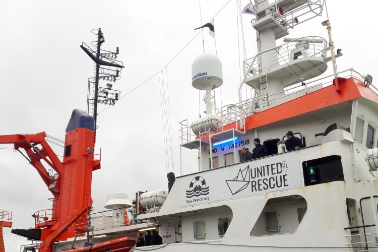 Das Seenotrettungsschiff Sea-Watch-4, gespendet vom Bündnis Untes4Rescue