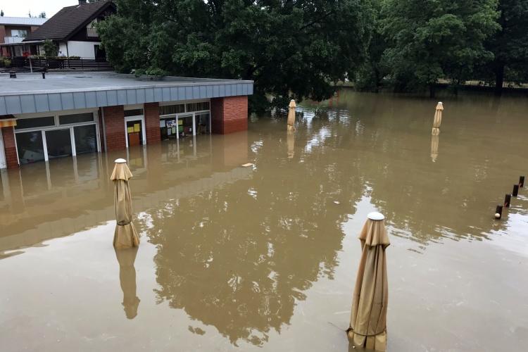 Gebäude der Kita Volberg unter Wasser (Foto: Diakonie Michaelshoven)