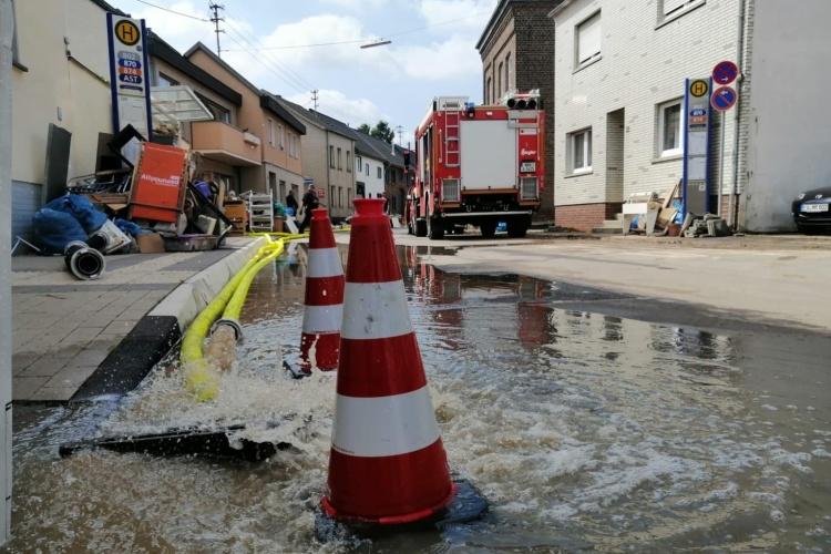 Hochwasserhilfe Euskirchen (Foto: Feuerwehr Grevenbroich)