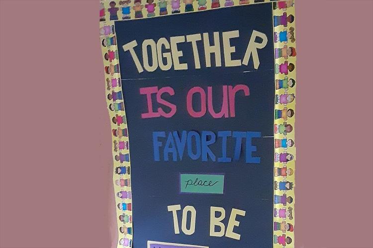 Am liebsten sind wir zusammen: In der Betreuung der UCC-Gemeinde in Westerville, Ohio, haben die Kinder Plakate gebastelt. (Foto: Sigrid Rother/UCC Westerville)