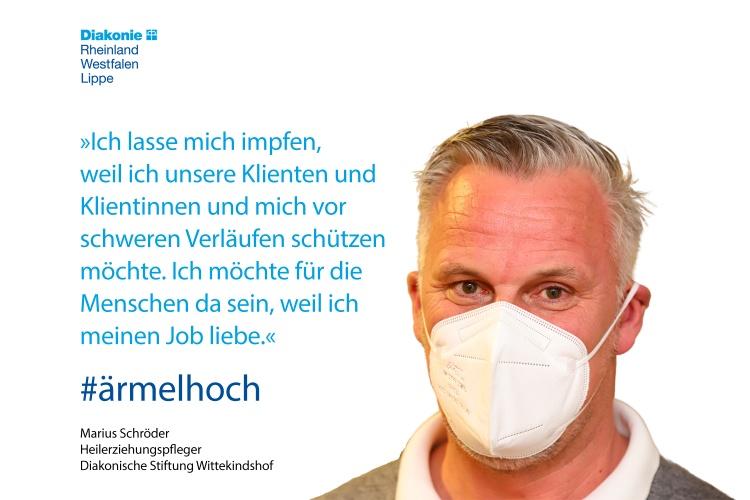Marius Schröder arbeitet in der Diakonischen Stiftung Wittekindshof als Heilerziehungspfleger. Er lässt sich impfen, um seine Klienten und sich zu schützen. Und weil er seinen Beruf liebt.