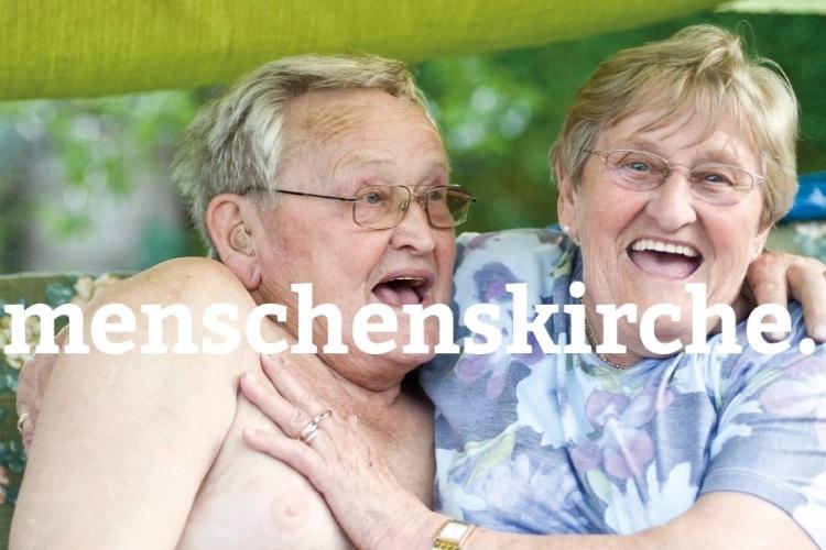 Altes lachendes Ehepaar - Menschenskirche-Kampagne der Diakonie Dinslaken (Foto:vanda lay / photocase.de )