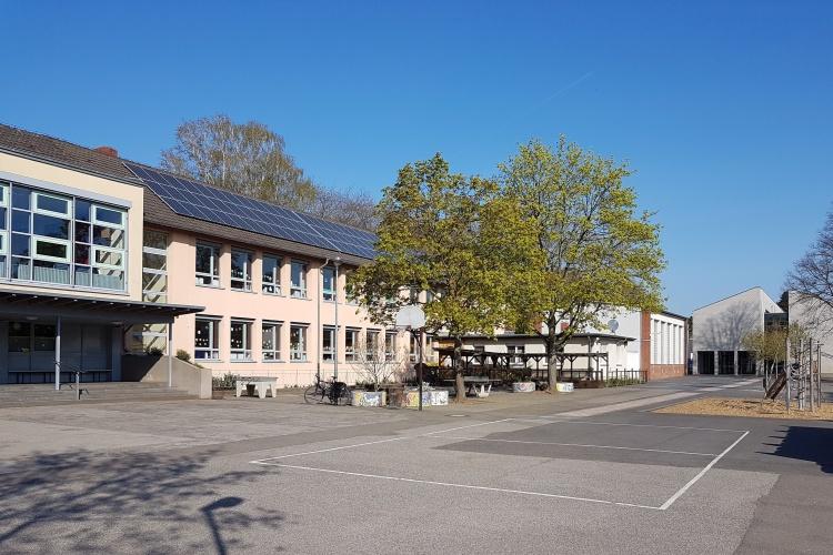 Pausenhof einer Offenen-Ganztags-Betreuung in Köln