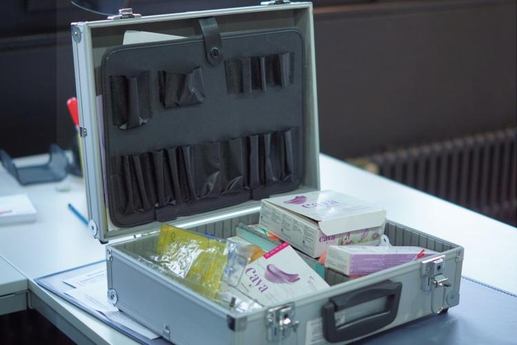 Verhütungskoffer der Schwangerenberatungsstelle Düren in der Diakonie RWL