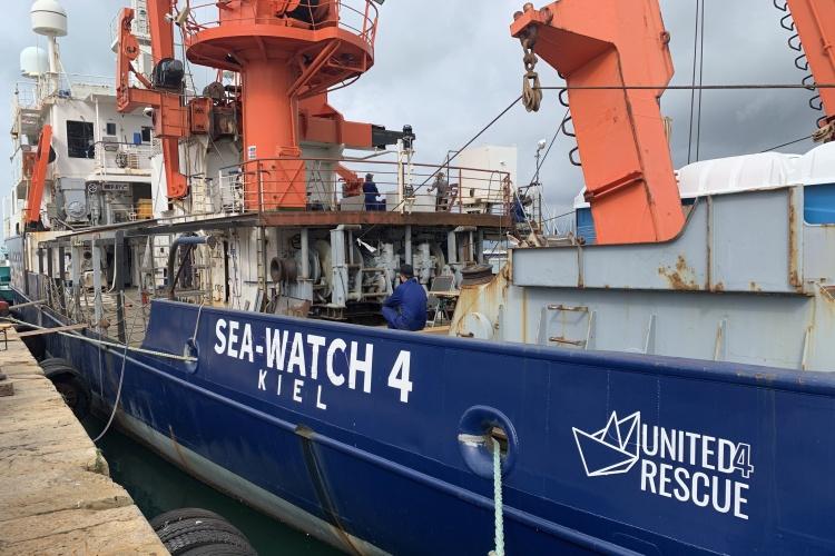 """Die """"Sea-Watch 4"""" im Kieler Hafen (Foto: United4Rescue)"""