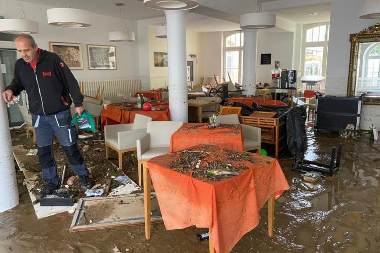 Zerstörter Speisesaal der Seniorenresidenz der Theodor-Fliedner-Stiftung in Bad Neuenahr