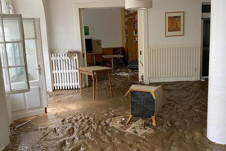 Zerstörtes Zimmer der Seniorenresidenz der Theodor-Fliedner-Stiftung in Bad Neuenahr